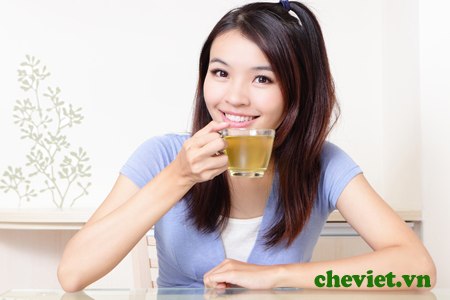 Tác dụng của trà xanh Thái Nguyên: Giúp trẻ mãi không già