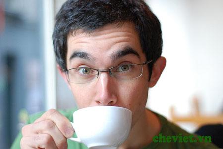 Giảm tác hại của thuốc là bằng cách uống trà