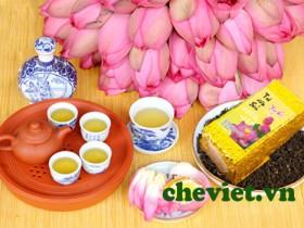 Sản phẩm trà sen Tây Hồ của Chè Minh Cường được nhiều chuyên gia đánh giá cao. Đúng là hương của trời, vị của đất cùng xoắn quyện.