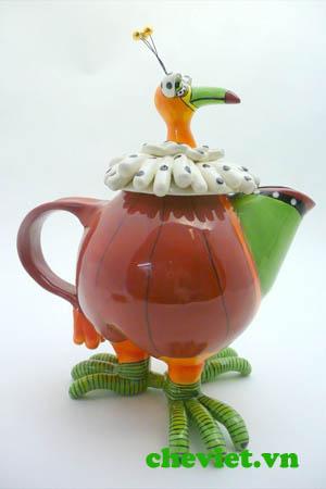 Ấm trà hình chim công