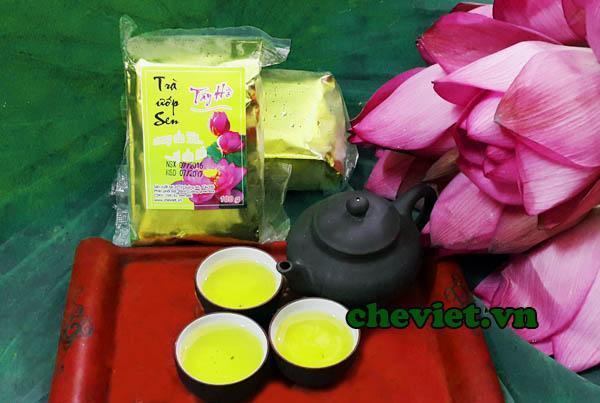 Trà ướp sen Hồ Tây của chè sen Minh Cường thật sự trà sen.